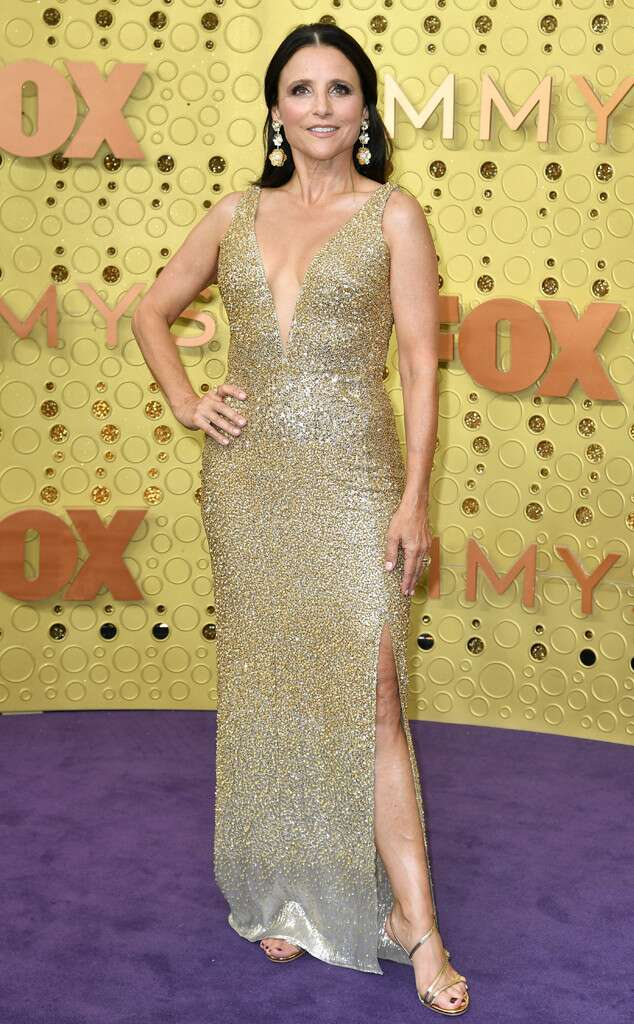 rs_634x1024-190922164542-634-2019-Emmy-Awards-red-carpet-fashion-Julia-Louis-Dreyfus