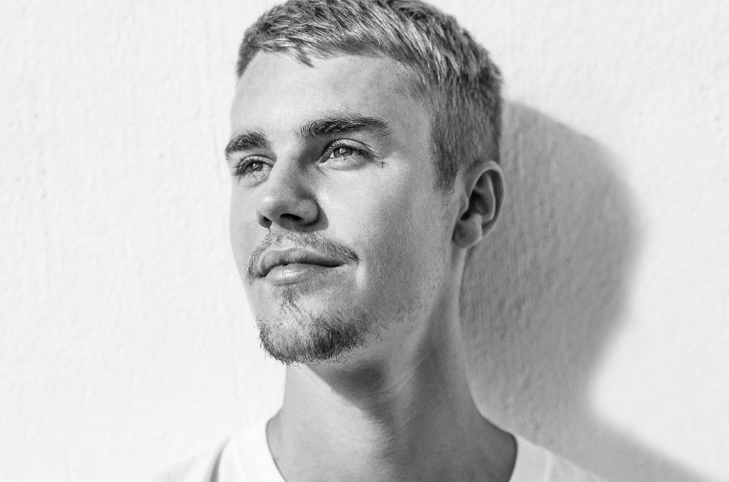 Justin Bieber paparazzi μήνυση