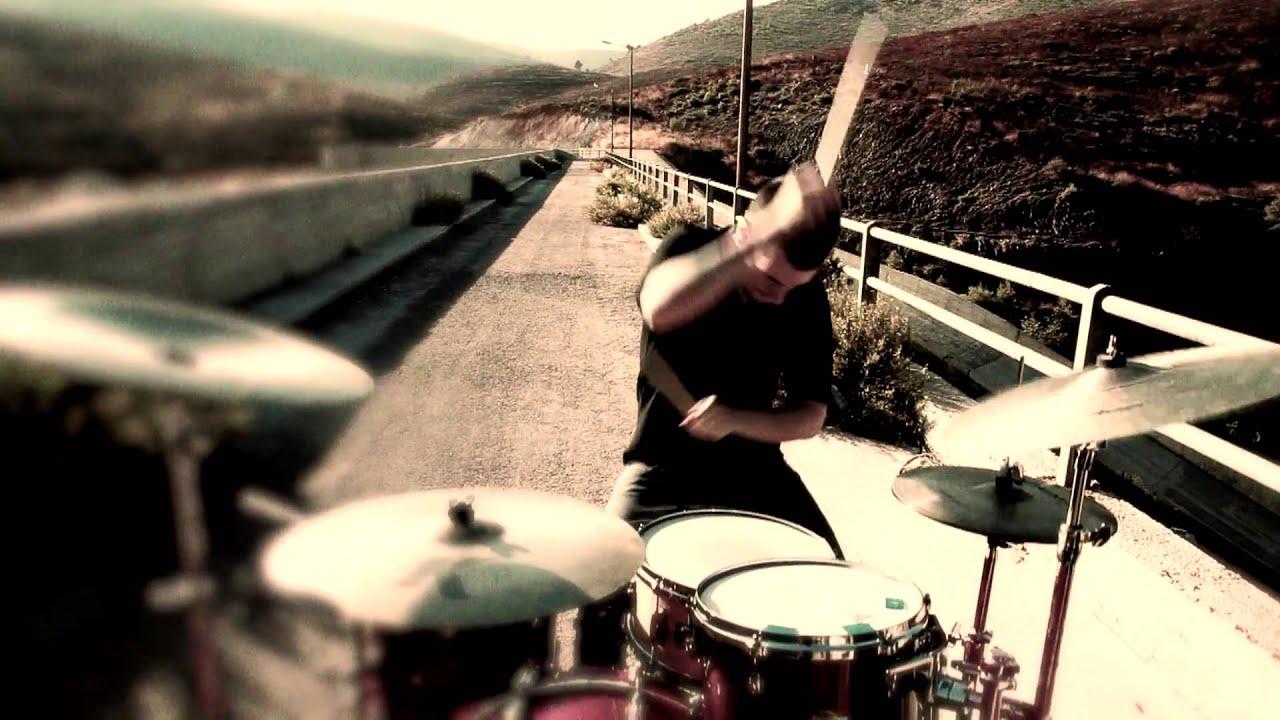 Δείτε τον Αναστάσιο Ράμμο να τραγουδάει 7 χρόνια πριν με την μπάντα του