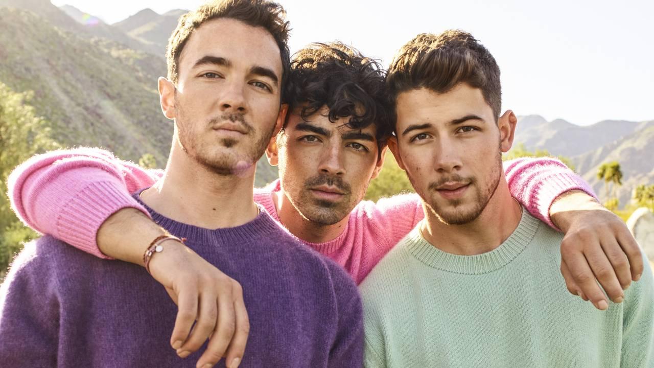 Jonas Brother Like It's Christmas