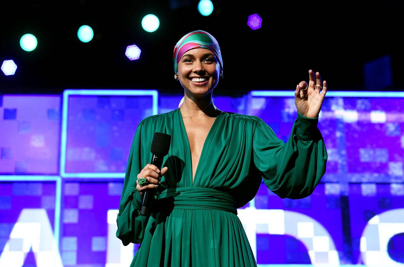H Alicia Keys επιστρέφει ως παρουσιάστρια των Grammys