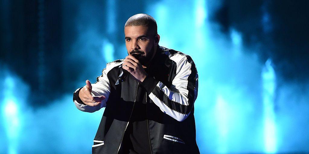 O Drake αναγκάστηκε να αποχωρήσει από το φεστιβάλ του Tyler, the Creator