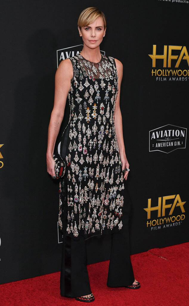 rs_634x1024-191103172725-634-charlize-theron-hollywood-film-awards-me-11319