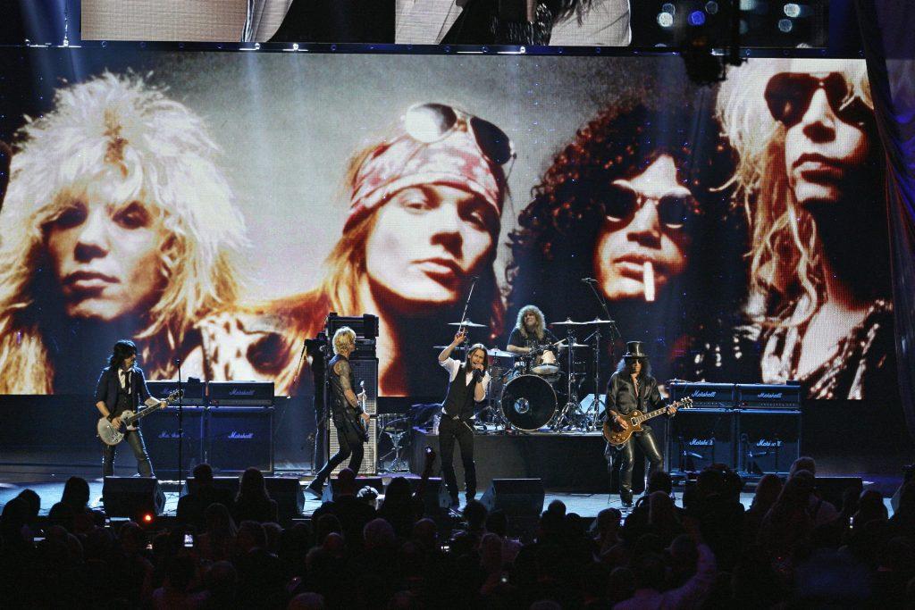 Και οι Guns N 'Roses στο Super Bowl...
