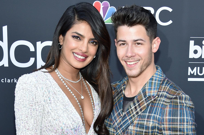 Ο Nick Jonas και η Priyanka Chopra ετοιμάζουν μια γαμήλια τηλεοπτική σειρά