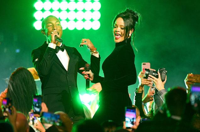 Rihanna δεν θα περάσει την ημέρα του Αγίου Βαλεντίνου