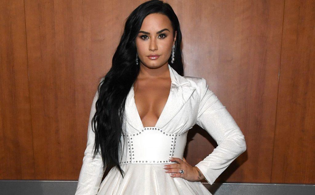 Η Demi Lovato πιστεύει ότι θα είχε πλάκα να κάνει παιδιά με γυναίκα!