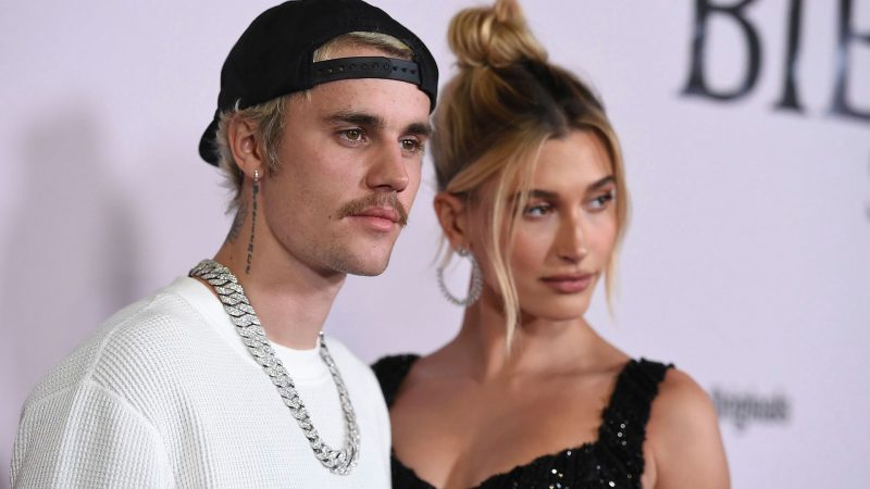 Ο Justin και η Hailey Bieber ευχαριστούν το ιατρικό προσωπικό για τον αγώνα τους κατά του κορονοϊού!