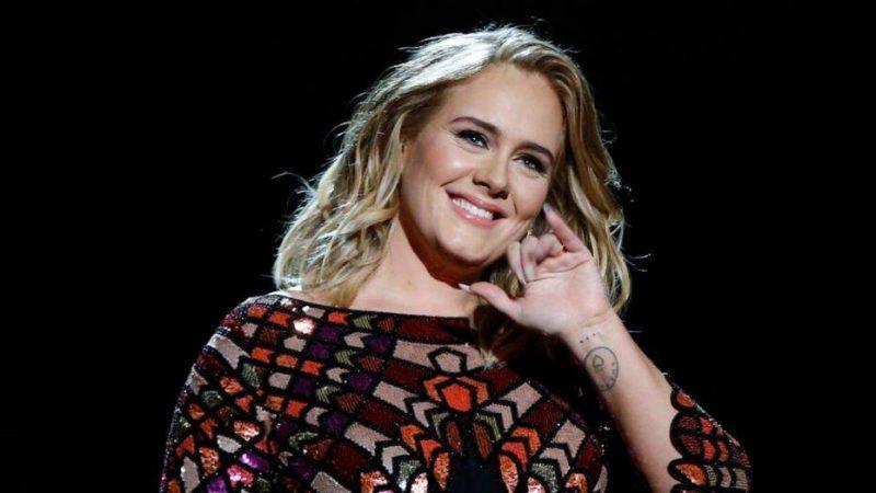 H Adele αναλαμβάνει ρόλο παρουσιάστριας για πρώτη φορά!