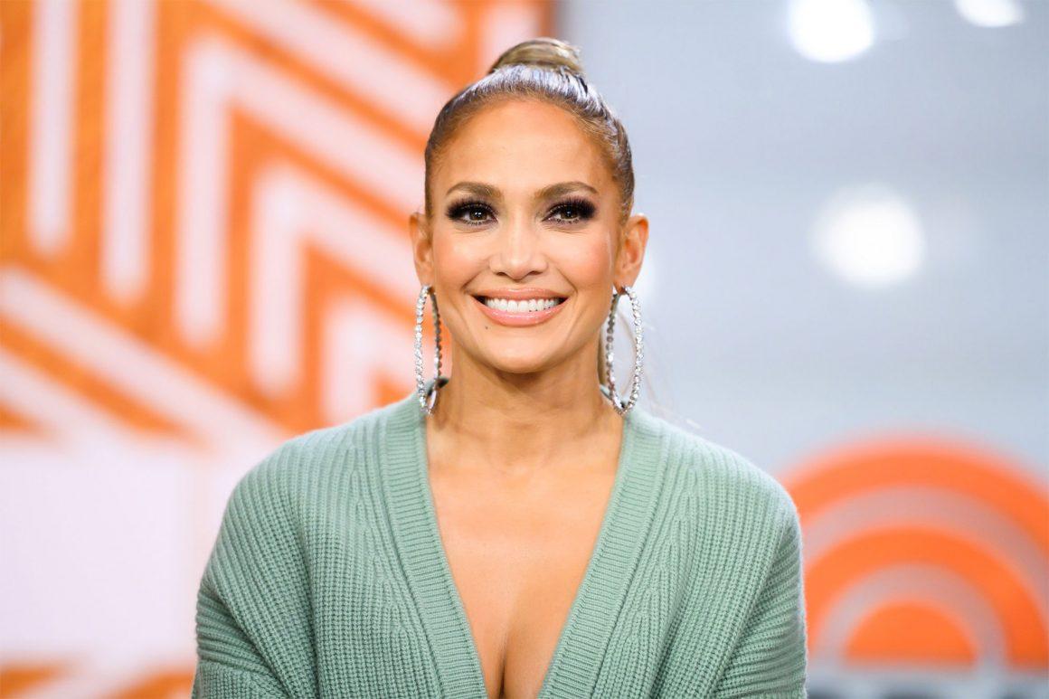 Ήξερες ότι η Jennifer Lopez είναι fan της Rosalia και της Dua Lipa