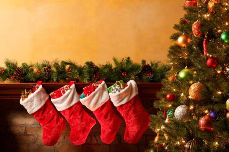 «Οδηγίες» για να περάσεις την τέλεια Χριστουγεννιάτικη μέρα στο σπίτι!